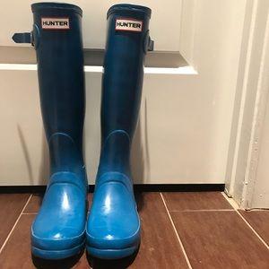 Navy blue glossy HUNTER rain boots